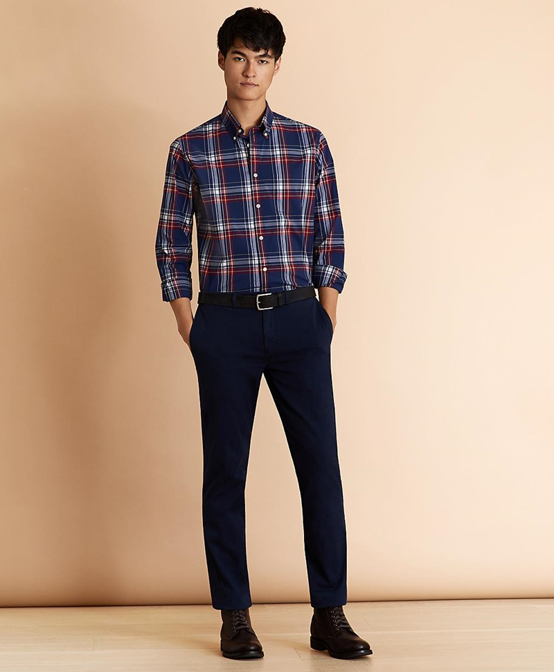Slim Fit Garment-Dyed Stretch Chinos 썸네일 이미지 2